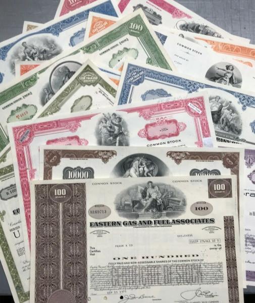 025 verschiedene USA Aktien/Anleihen